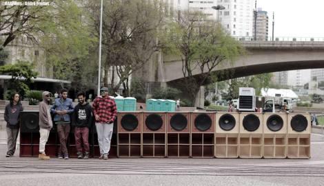 Membres du collectif de reggae Africa Mãe do Leão.  Crédit : ©RASFilms - André Freitas.
